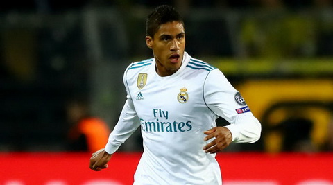 Real hy sinh Varane de co thu mon Thibaut Courtois hinh anh 2